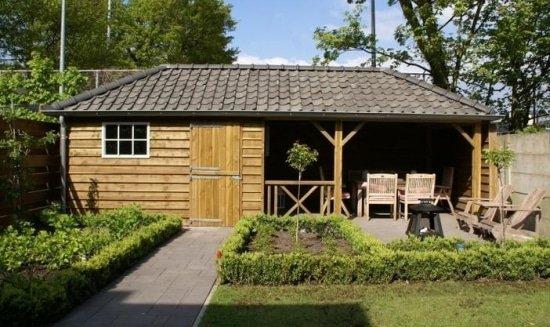 Tuinhuisje met veranda