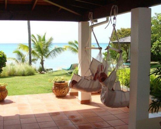hangstoel warm welkom vakantiehuis